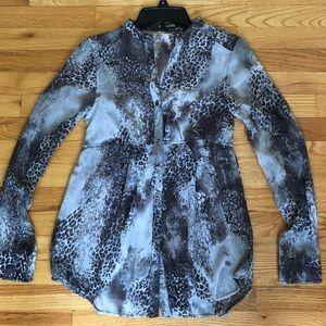 Express tunic blouse size XS.